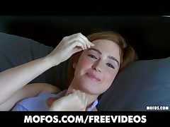 Perky redhead inexperienced Jodi Taylor is convinced to attempt anal
